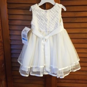 Rare Editions Dresses - Toddler white pearl dress